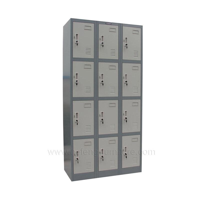 Металлический шкаф для вещей