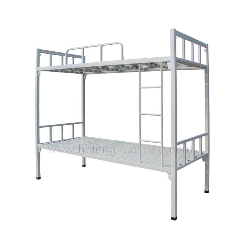 Кровать двухярусная металлическая